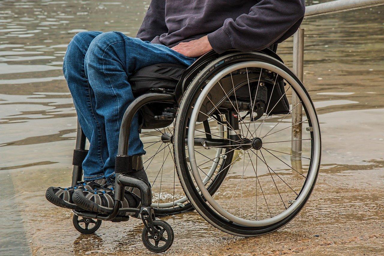 Rollstuhlgerechter Badezugang